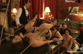 imagen Fiesta de BDSM en un lujoso castillo