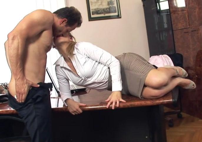 follando en la oficina porno transesual