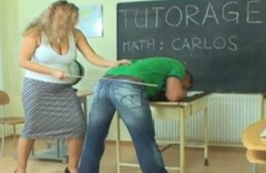imagen Profesora xxx castiga y se folla a su alumno