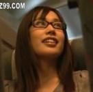 imagen Asiatica violada en los baños del avion