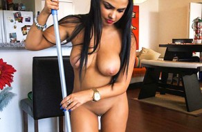 imagen Chica de la limpieza latina follando con el jefe