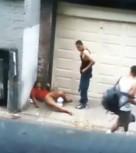 imagen Mujer borracha follada en la calle