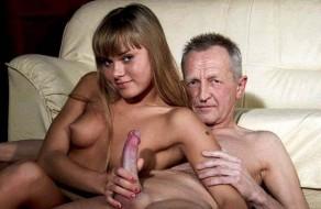 imagen Nieta viciosilla follando con su abuelo