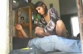 imagen Ama de casa latina follando con el fontanero