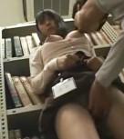 imagen Joven manoseada y violada en la biblioteca