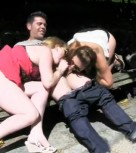 imagen Parejas españolas amateur follando en un parque