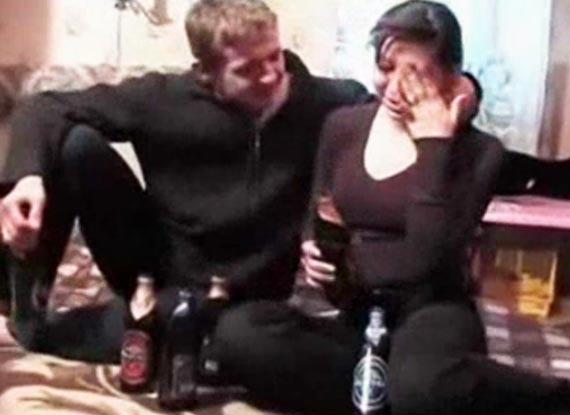Sexo con e amigo de mi esposo mientras este filma - 3 part 7