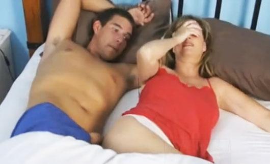 Videos De Incesto Mi Madre Me Pilla Pajeandome Videos Adanih Com