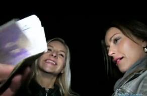 imagen Hermanas follando por dinero en la calle