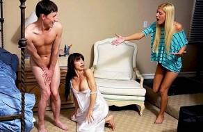 imagen Sorprende a mama follando con su novio