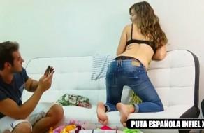 imagen Joven española es infiel con el primo de su novio