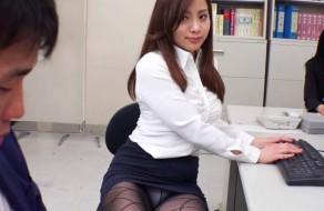 imagen Sexo con una zorra de oficina