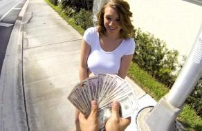 imagen Pillada en la calle folla por dinero