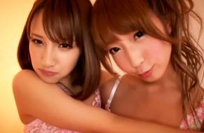 imagen Traviesas japonesas en una orgia de sexo