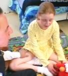 imagen Padre pervertido cogiendo con su hijita