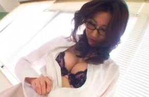 imagen Profesora tetona tiene sexo con su alumno