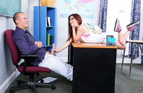 imagen Joven estudiante cogiendo con su profesor