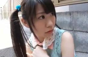 imagen Colegiala japonesa pillada en la calle folla con desconocido