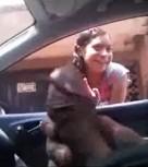 imagen FLASH: muestra su verga a una joven mexicana