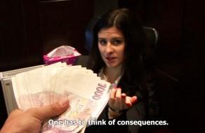imagen Follando por dinero con la recepcionista del hotel