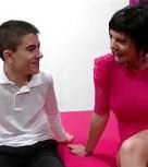 imagen Milf española follando con chico muy joven