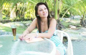 imagen Colombiana cogiendo en la cabaña de la playa