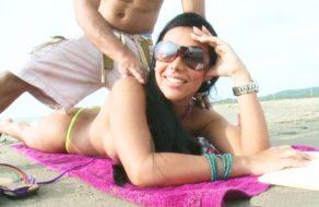 imagen Colombiana nalgona pillada en la playa