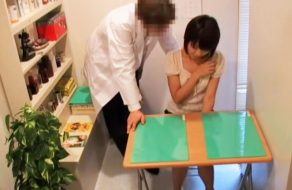 imagen Chinita violada en la consulta del veterinario