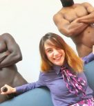imagen Colegiala española follada por dos negros