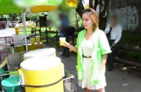 imagen Vendedora de zumos colombiana folla por dinero