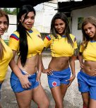 imagen Colombianas cogiendo en la cancha de futbol