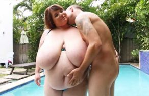 imagen Gorda inmensa follada en la piscina