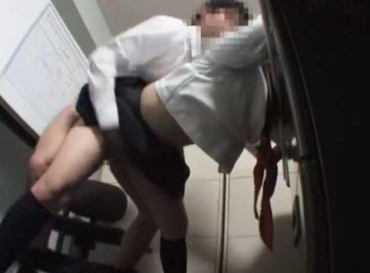 Mexicana se masturba en tienda oxxo - 3 part 3