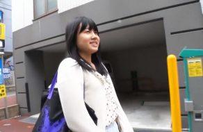 imagen Japonesita amateur pillada en las calles de Tokyo