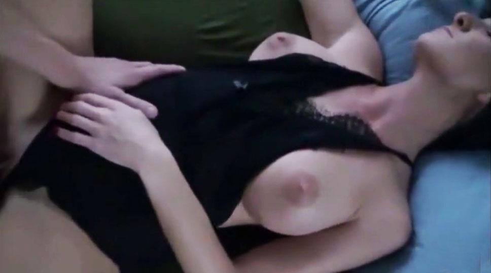 Me la acaricia de espaldas - 1 part 3