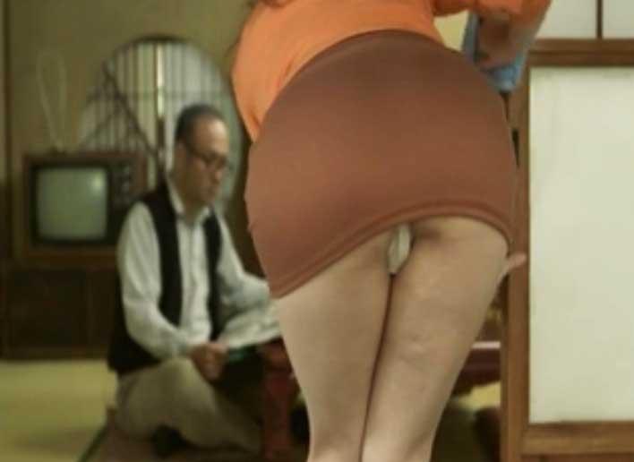 Esposo competente en primer anal con su esposa 1