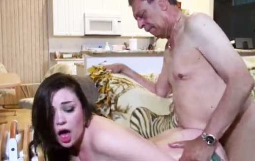 abuelos porno tríos porno