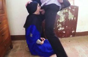 imagen Jovencita arabe de 19 años en su noche de bodas