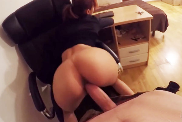 Sexo en ascensor pareja española