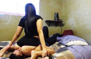 imagen Latina amateur le hace un facesitting a su novio