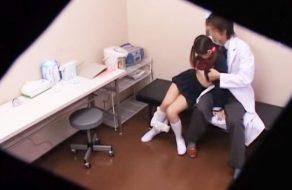 imagen Colegiala violada en la consulta del medico