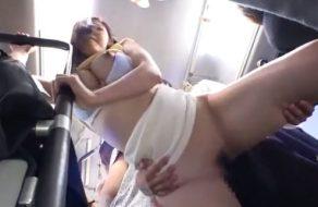 imagen Violadas por desconocidos en el autobus