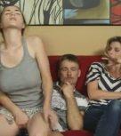 imagen Padre e hija tienen incesto ¡y la madre no se entera!