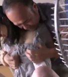 imagen Padre japones viola a su hija ¡por mucho que se resiste!