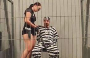 imagen Policia española en un interrogatorio muy porno