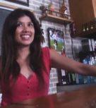 imagen Camarera española convencida para grabar porno