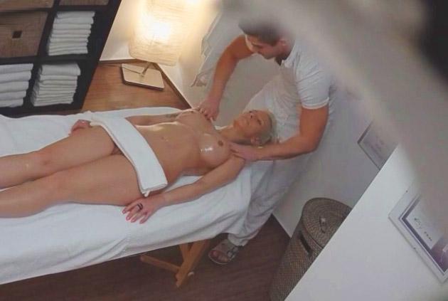 levas masaje rubia
