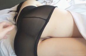 imagen Esposa nalgona despertada a pollazos en porno casero