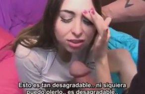 imagen Forzada a tener sexo con su hermano y con su padre (español)