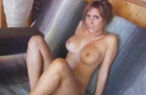 imagen Cris Queen: la dependienta que quiso ser actriz porno (español)
